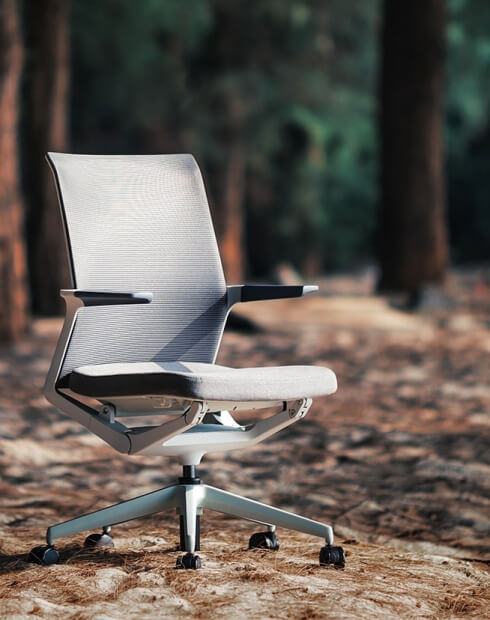 Wing White Modern Multi-Task Office Chair